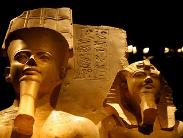 Notturno al Museo Egizio